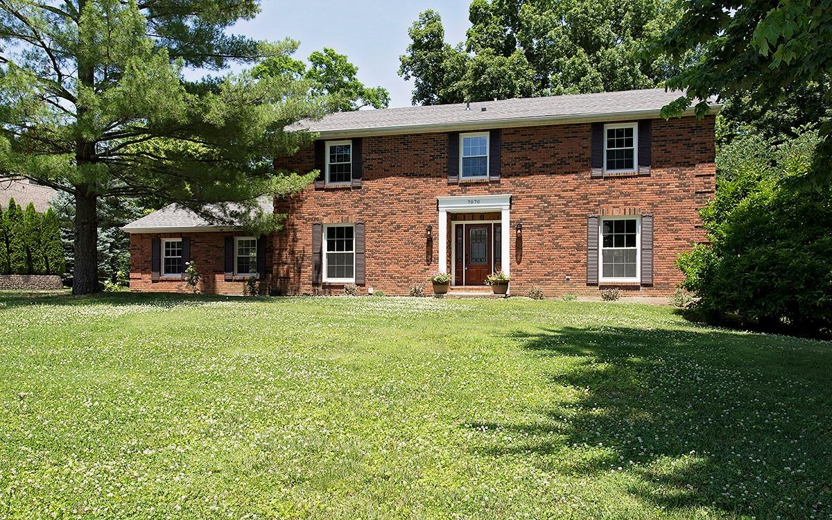 7070 Woodsedge Drive, Anderson Twp, OH 45230
