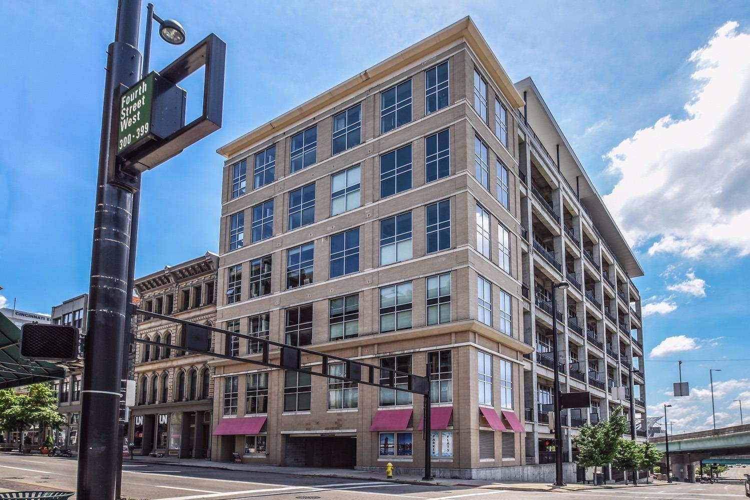 353 W Fourth Street 504, Cincinnati, OH 45202