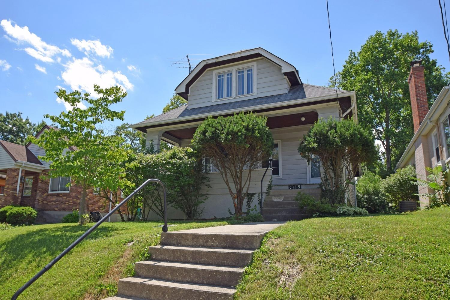 1319 Ault View Avenue, Cincinnati, OH 45208