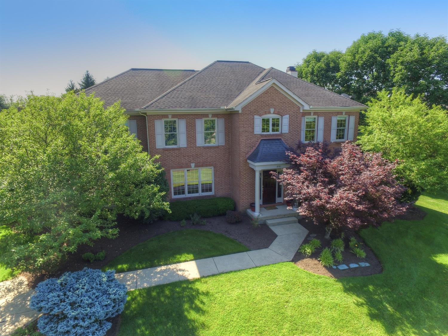 8581 Chaucer Place, Montgomery, OH 45249