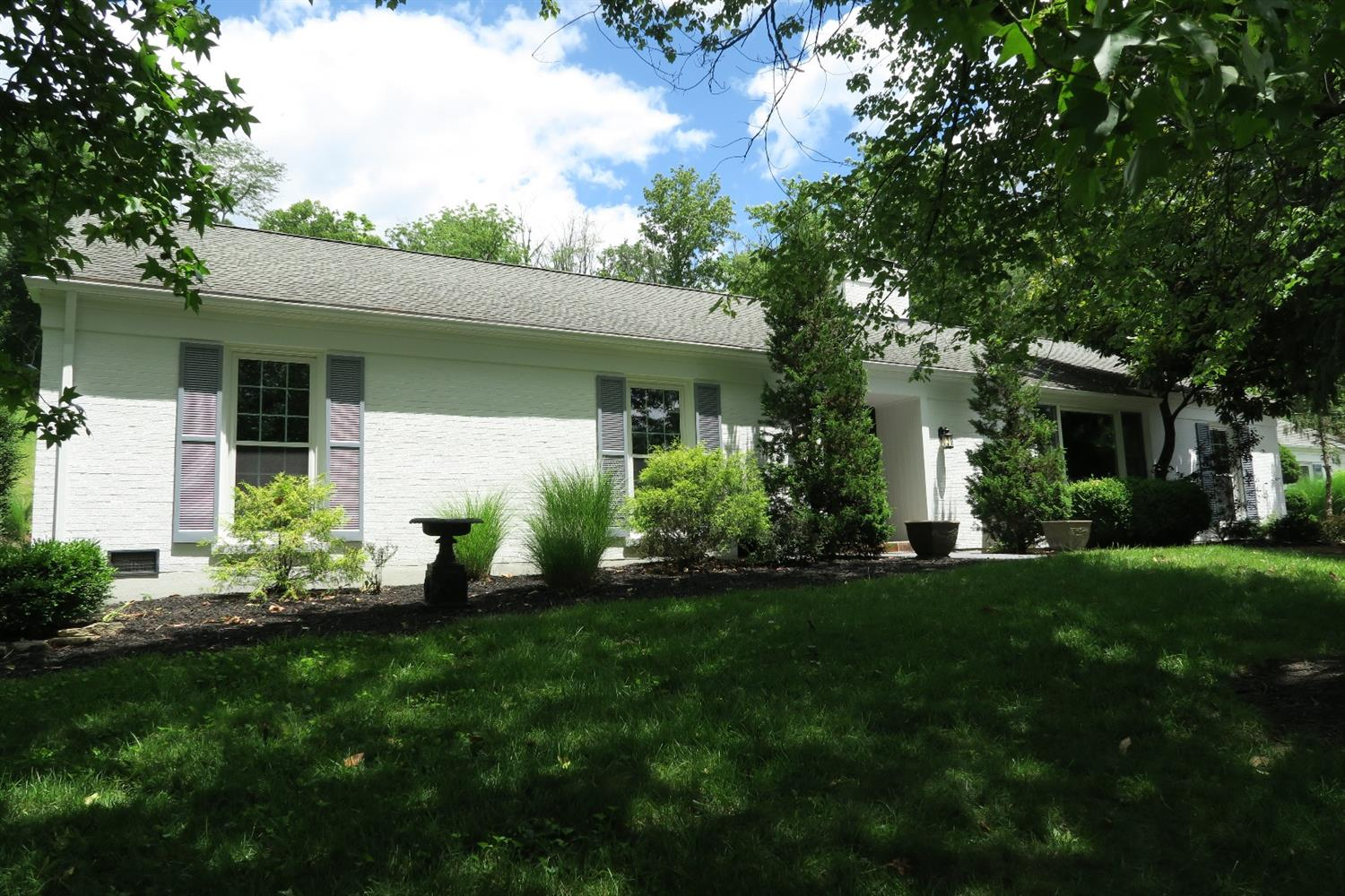 5800 Given Road, Indian Hill, OH 45243
