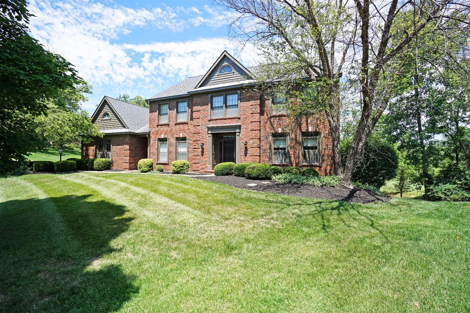 3608 Carpenters Green Lane, Blue Ash, OH 45241