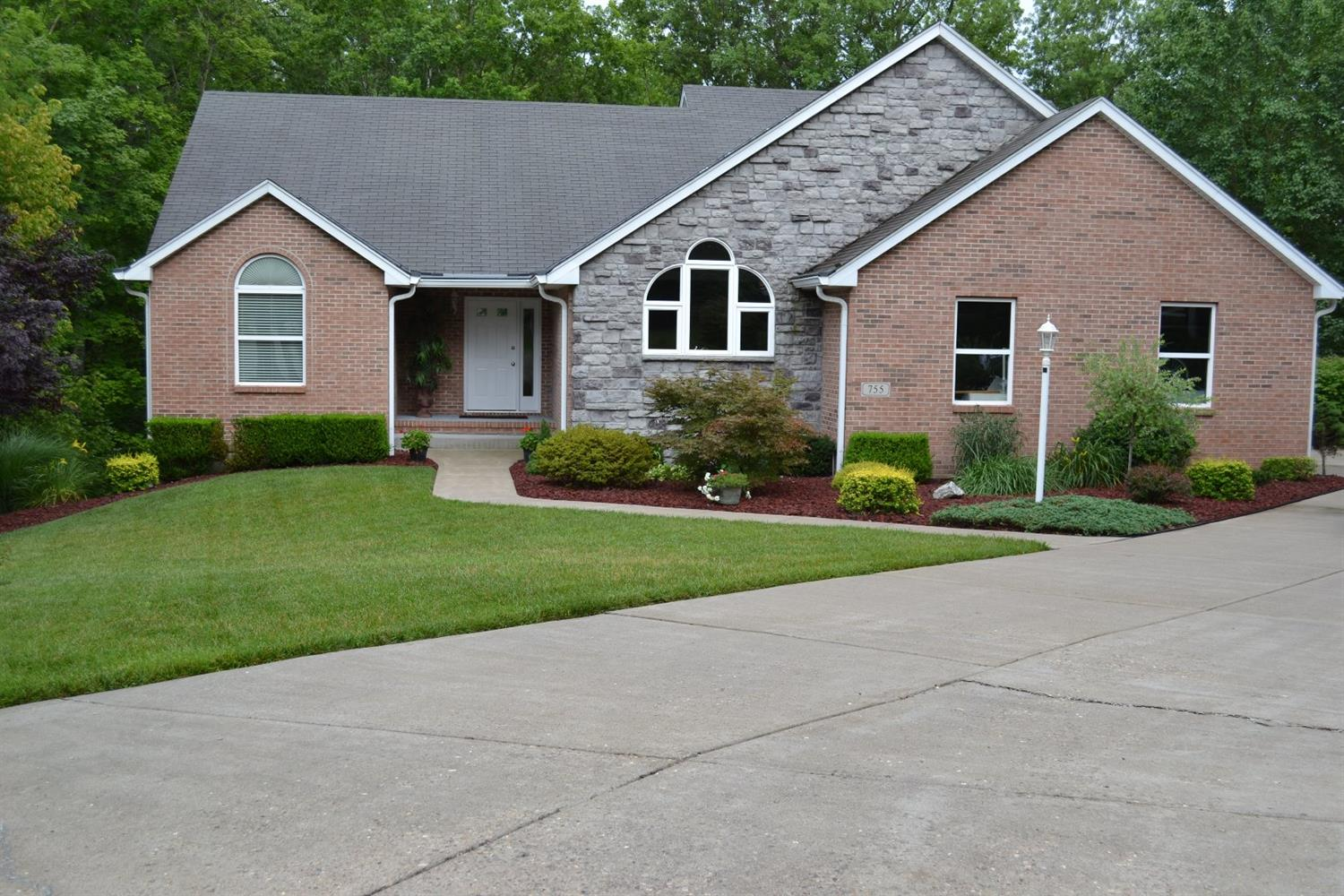 755 Evergreen Place, Miami Twp, OH 45140