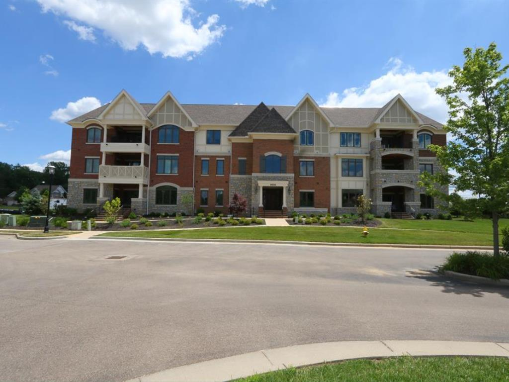 9506 Park Manor 202, Blue Ash, OH 45242