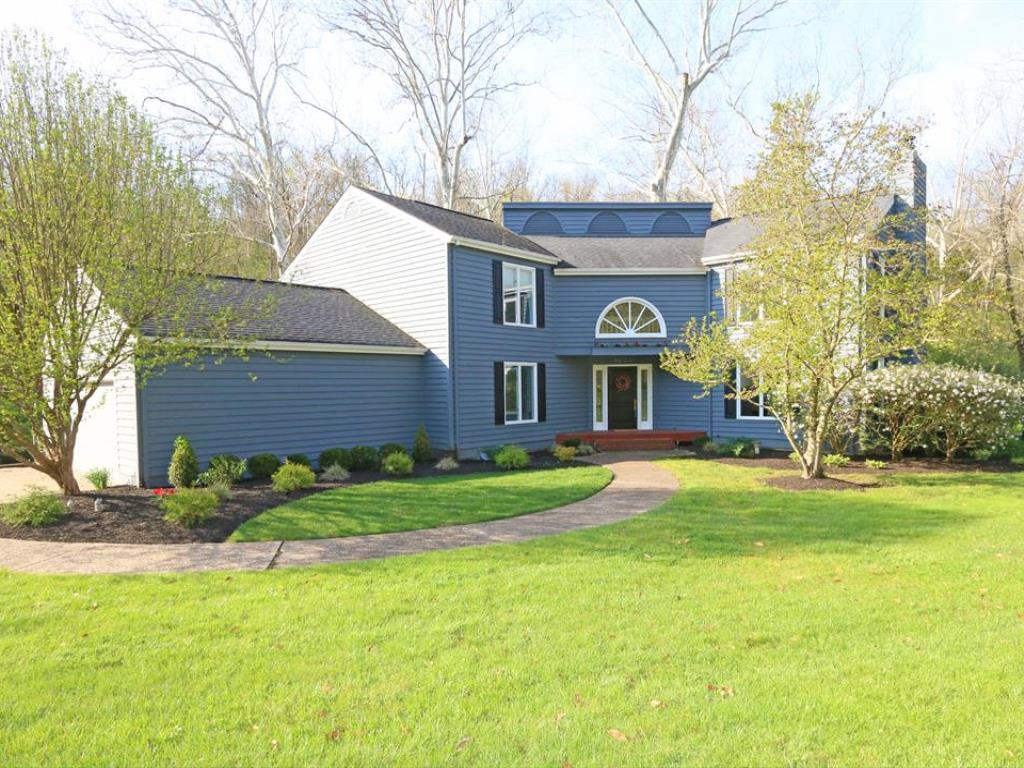 9205 Indian Hill Road, Indian Hill, OH 45243