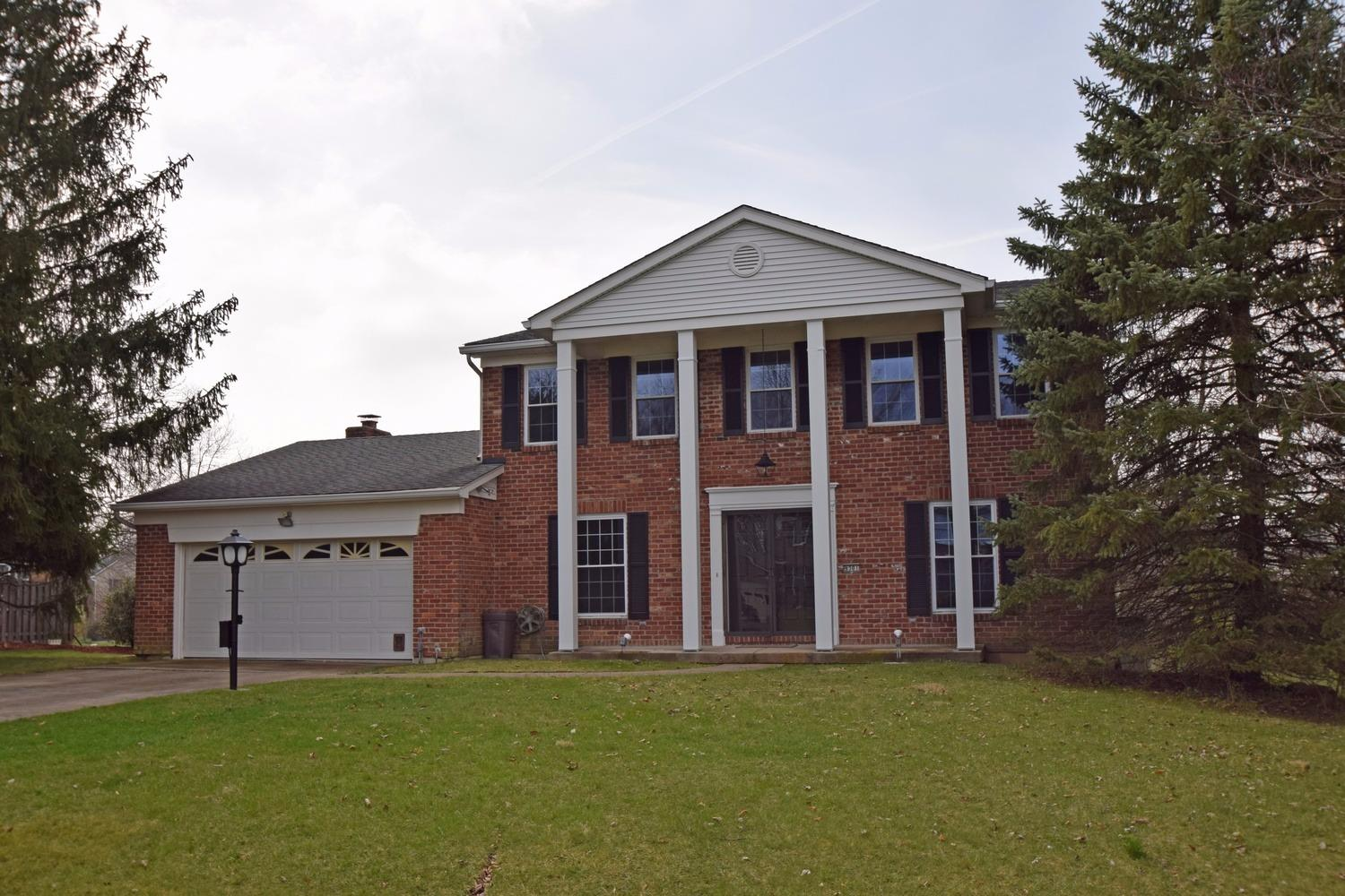 9301 Sunderland Way, West Chester, OH 45069
