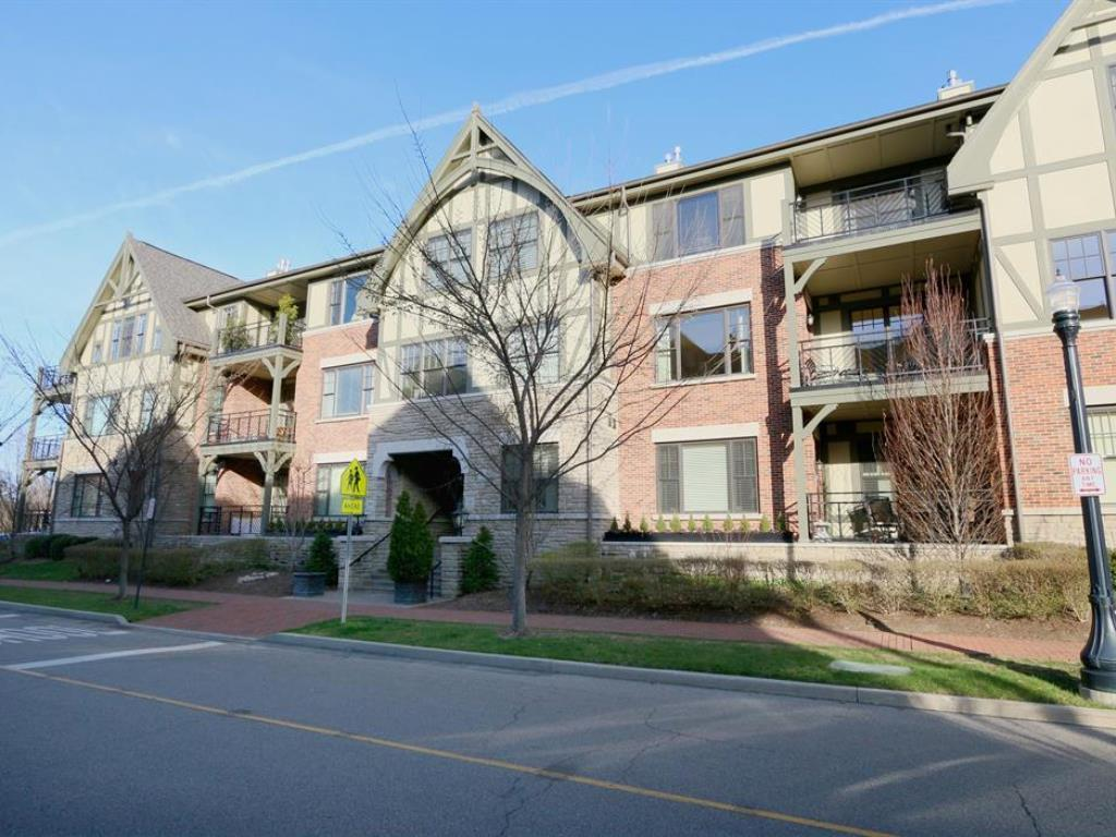 3901 West Street 305, Mariemont, OH 45227