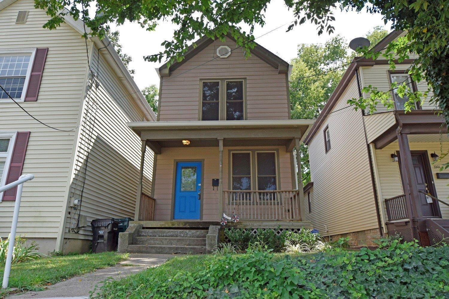 Fantastic updated home in the heart of Oakley!*Practical open flr plan*9' ceilings*Hrdwd floors throughout*1st fl half BA/2nd fl full BA*Updated kit w/ new SS appliances*Updated electric w/CAT5*Pella Windows*Deep/level yard w/ deck & fire pit*Quiet street w/ easy street parking*Just steps away from the new local brewery & many restaurants & shops!
