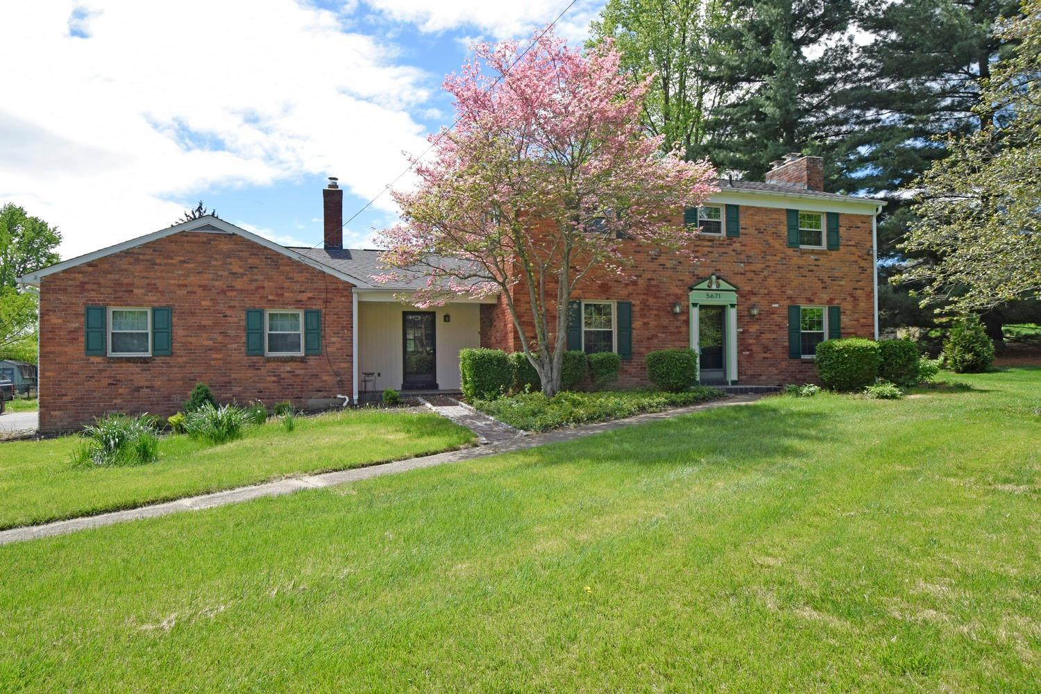 5671 Wayside Avenue, Anderson Twp, OH 45230