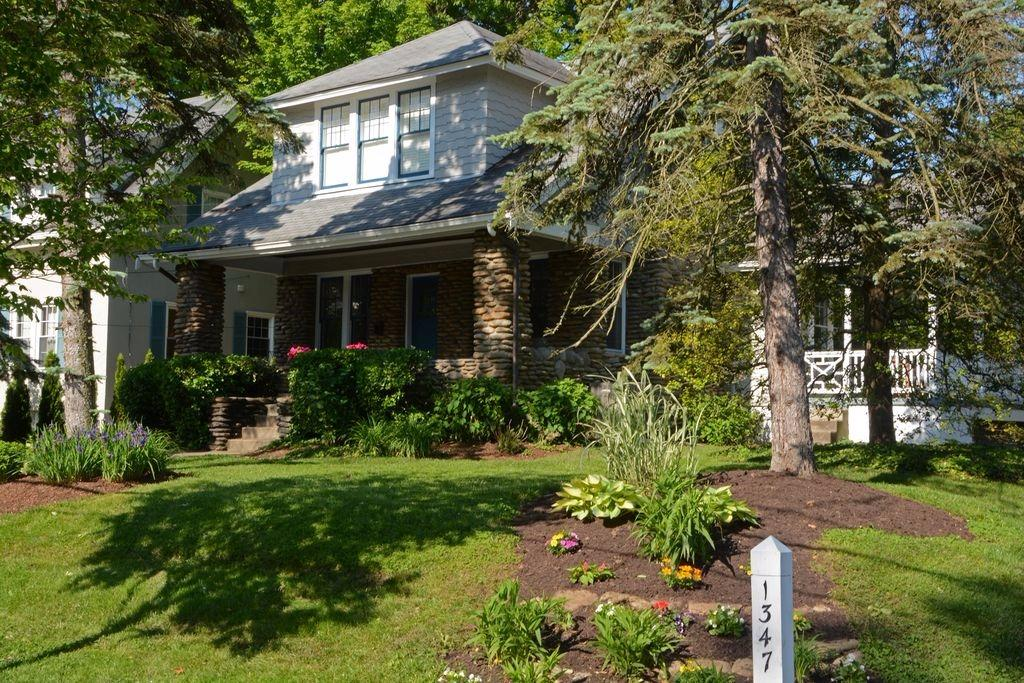 1347 Herschel Avenue, Cincinnati, OH 45208