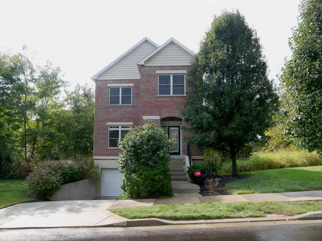 Fantastic 3 bedroom, 2.5 baths townhome located in the desirable Incline District. Enjoy quiet nights on the secluded deck. Granite counters in the kitchen, stainless appliances, 9' ceilings, 1 car garage, spacious floor plan. A must see. Additional lots available.