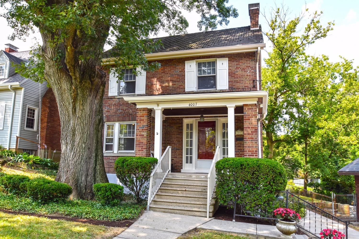 Charming, manageable brick home in Gaslight Clifton offers hardwood floors and a gas fireplace. Finished bonus room in lower level, in addition to full bath, makes an ideal guest room! Enjoy the shade on your deck provided by the new retractable awning. Convenient location near the Clifton Meadows Swim and Tennis Club!