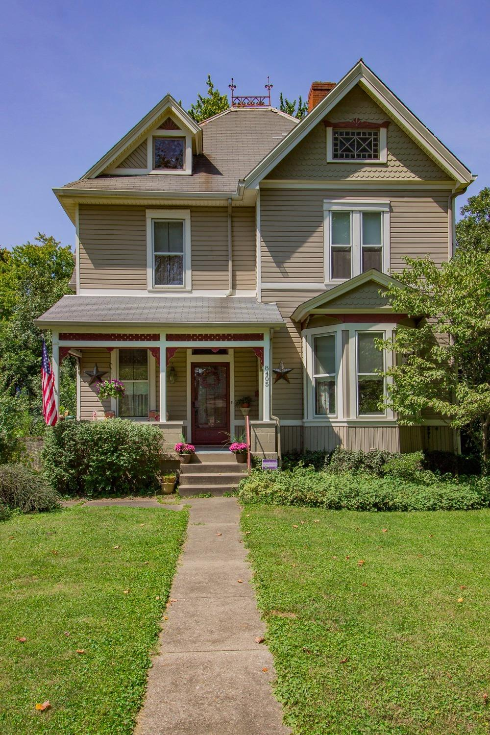 PRICE REDUCED!! Stunning Victorian in great location-only 2 blocks from Wyoming! Features: 9 & 10 ceilings, original HWD flrg, 2 updtd kitchs! Frst flr could be used as bdrm or FR. Perfect setup for mother in law suite- 2nd flr boasts 3 bdrm, bath, and another full bistro style kitch! 3rd flr fnshd rec rm. Pvt fncd in yard & screend porch!