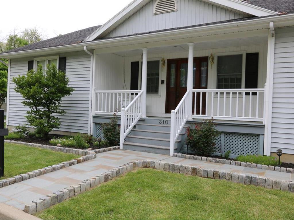 310 Cedar Drive, Loveland, OH 45140