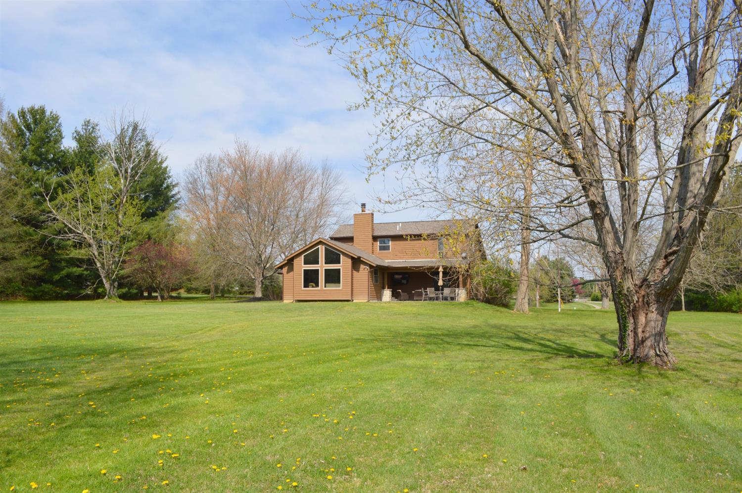 6864 Paxton Road, Miami Twp, OH 45140