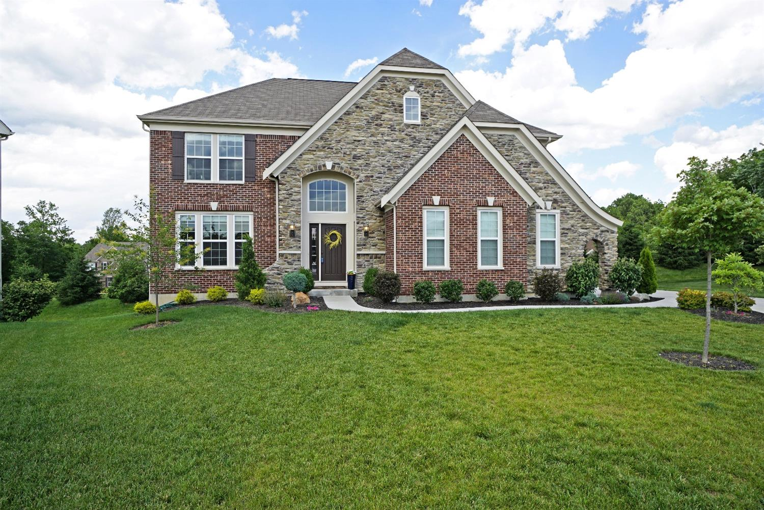 1207 Fox Horn Court, Miami Twp, OH 45150