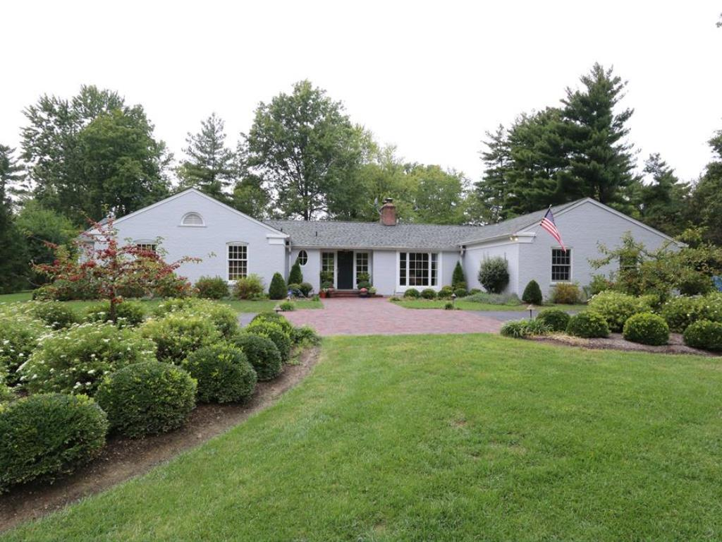 7555 Indian Hill Road, Indian Hill, OH 45243