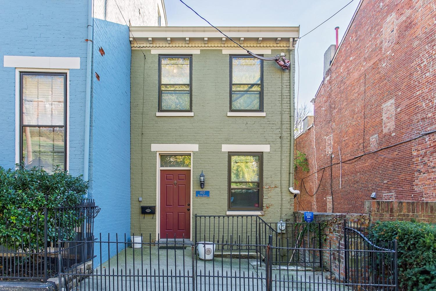 Great single family home in historic Mt. Auburn w/ no HOA fees! Enjoy city views from your two decks & private backyard oasis. W/ lots of new development in the area, here's your chance to own a historic gem in Prospect Hill. This property is just a few minute walk to all of the great shops, parks, restaurants & nightlife that Downtown & OTR offer.