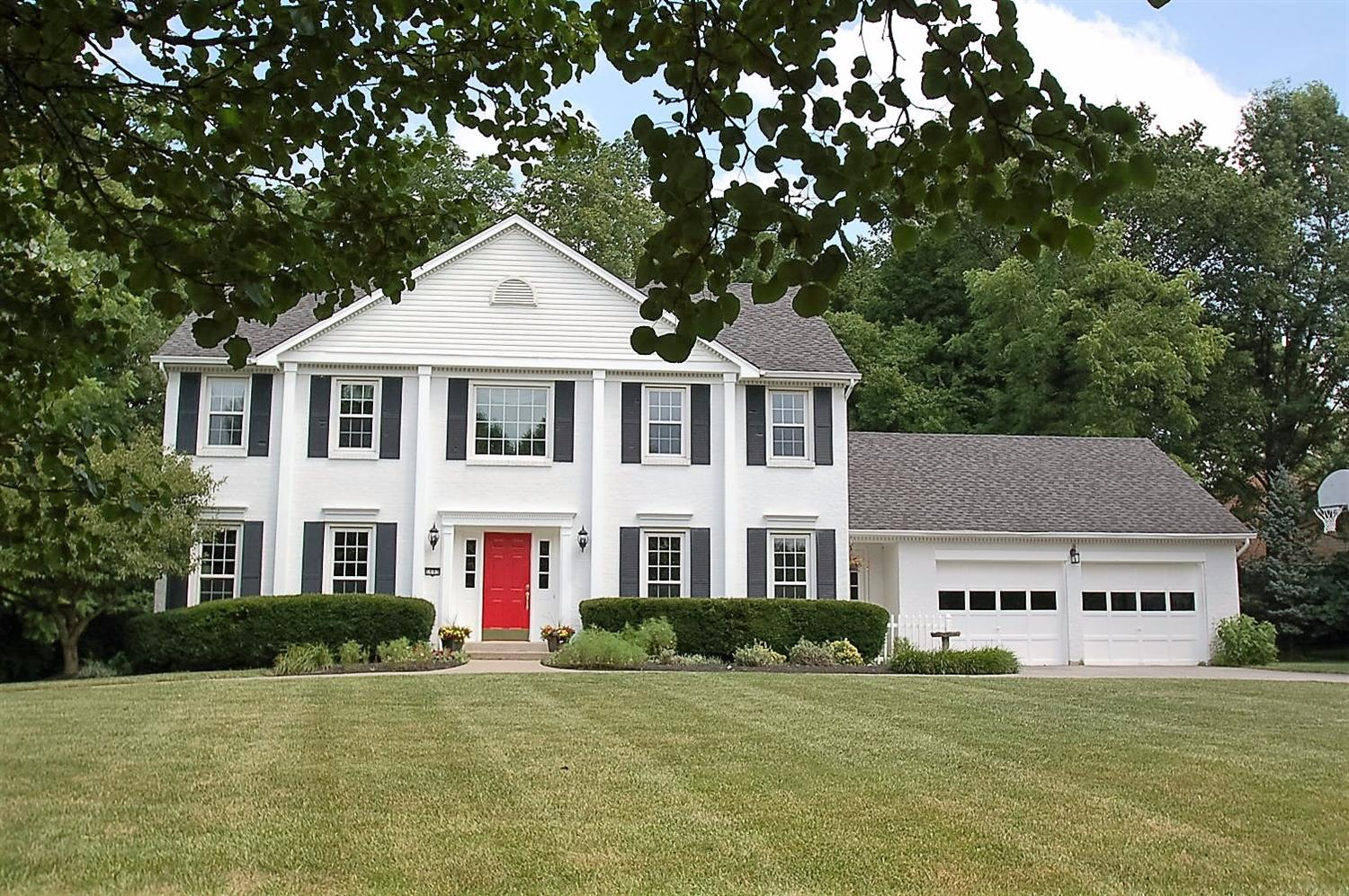 1693 Paxton South Drive, Miami Twp, OH 45140