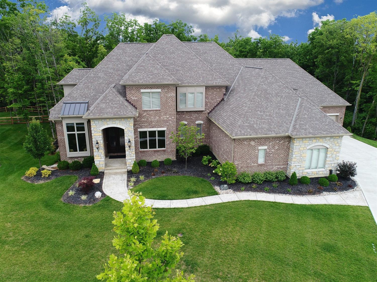 6385 Coach House Way, Liberty Twp, OH 45011