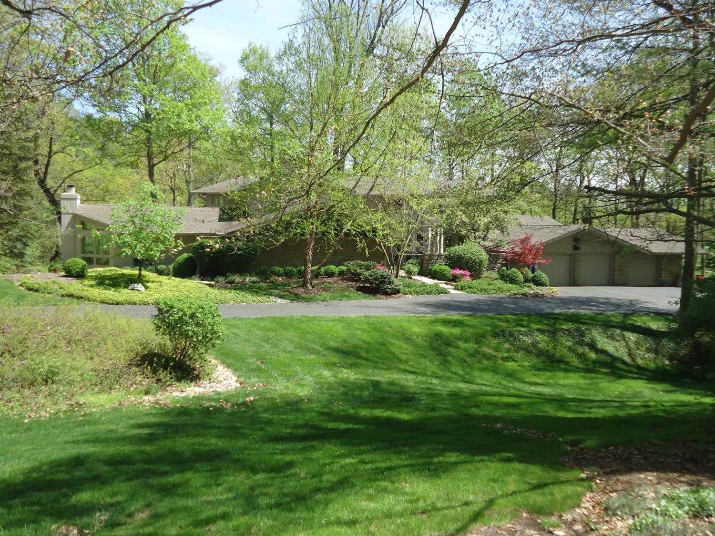 8500 Eustis Farm Lane, Indian Hill, OH 45243
