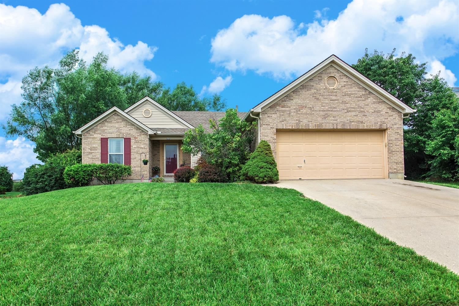 1633 Hastings Court, Lebanon, OH 45036