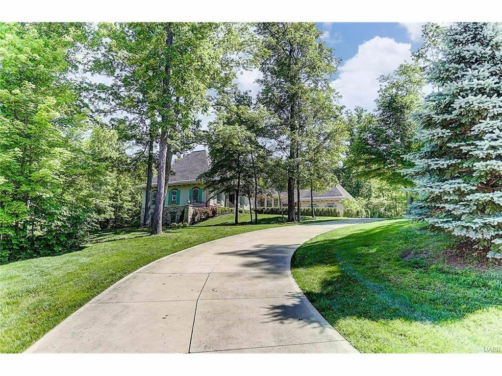 7900 Country Brook Court, Clearcreek Twp., OH 45066