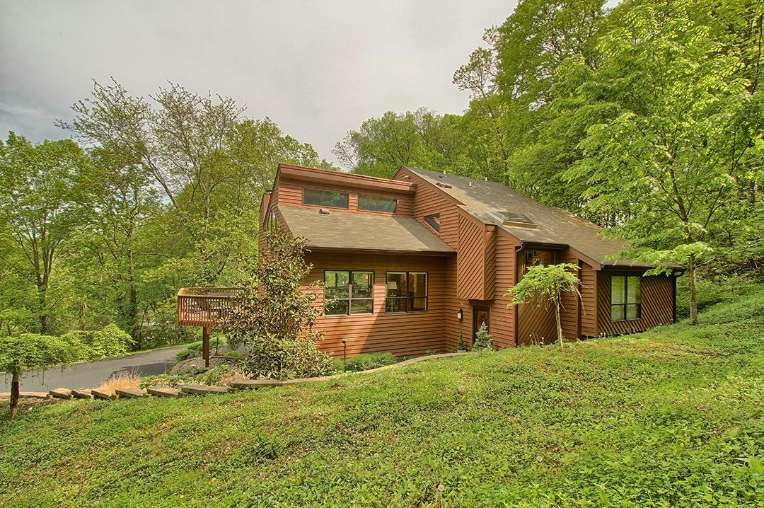 9676 Waxwing Drive, Blue Ash, OH 45241