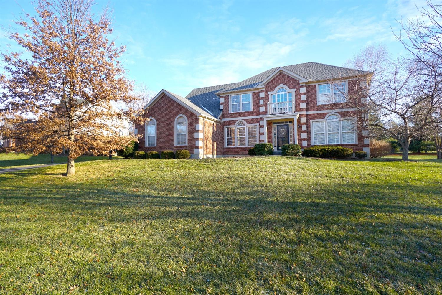 Exceptional 4 bed/3.5 bath with Great yard! Zaring Home in Polo Fields with finished lower level and bar. Newer roof, kitchen appliances, driveway, and more. Large master suite has attached sitting room and double shower heads. 2 pools and play areas. 80+acres of green space!