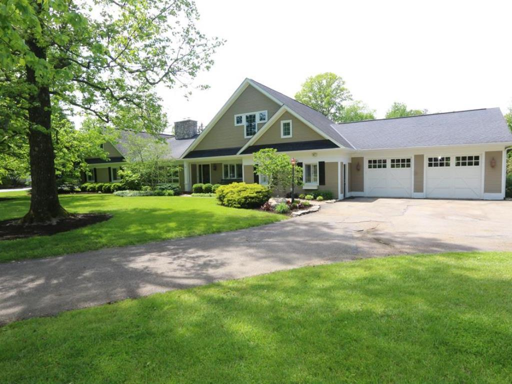 6305 S Clippinger Drive, Indian Hill, OH 45243