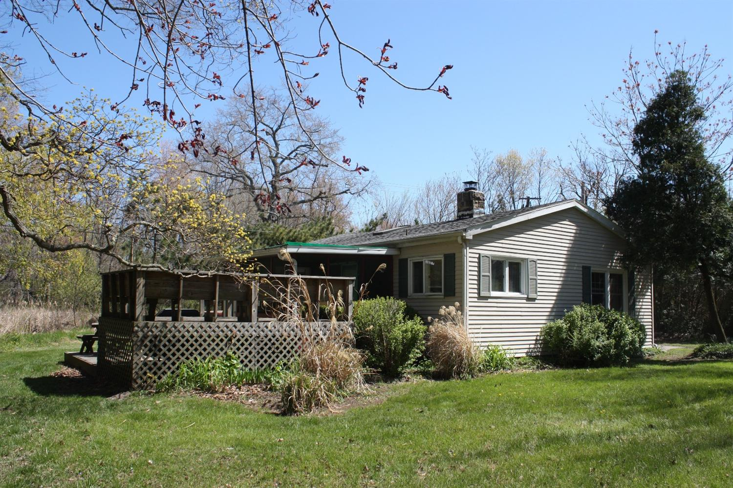215 SOUTH BROADWAY AVENUE, BEVERLY SHORES, IN 46301  Photo 8
