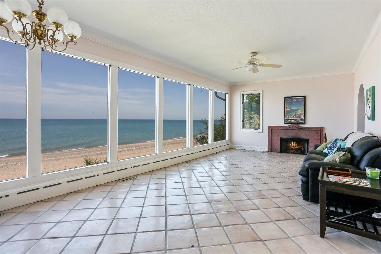 2968 LAKE SHORE DRIVE, LONG BEACH, IN 46360  Photo 9