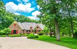 970 Whitehall Drive, Crown Point, IN 46307