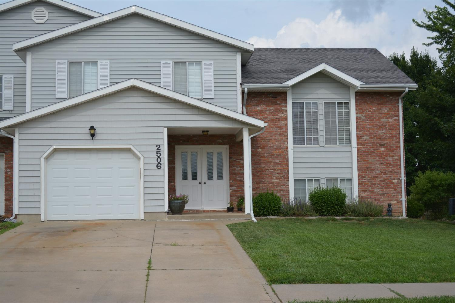 2506 West Ridge Drive, Emporia, KS 66801