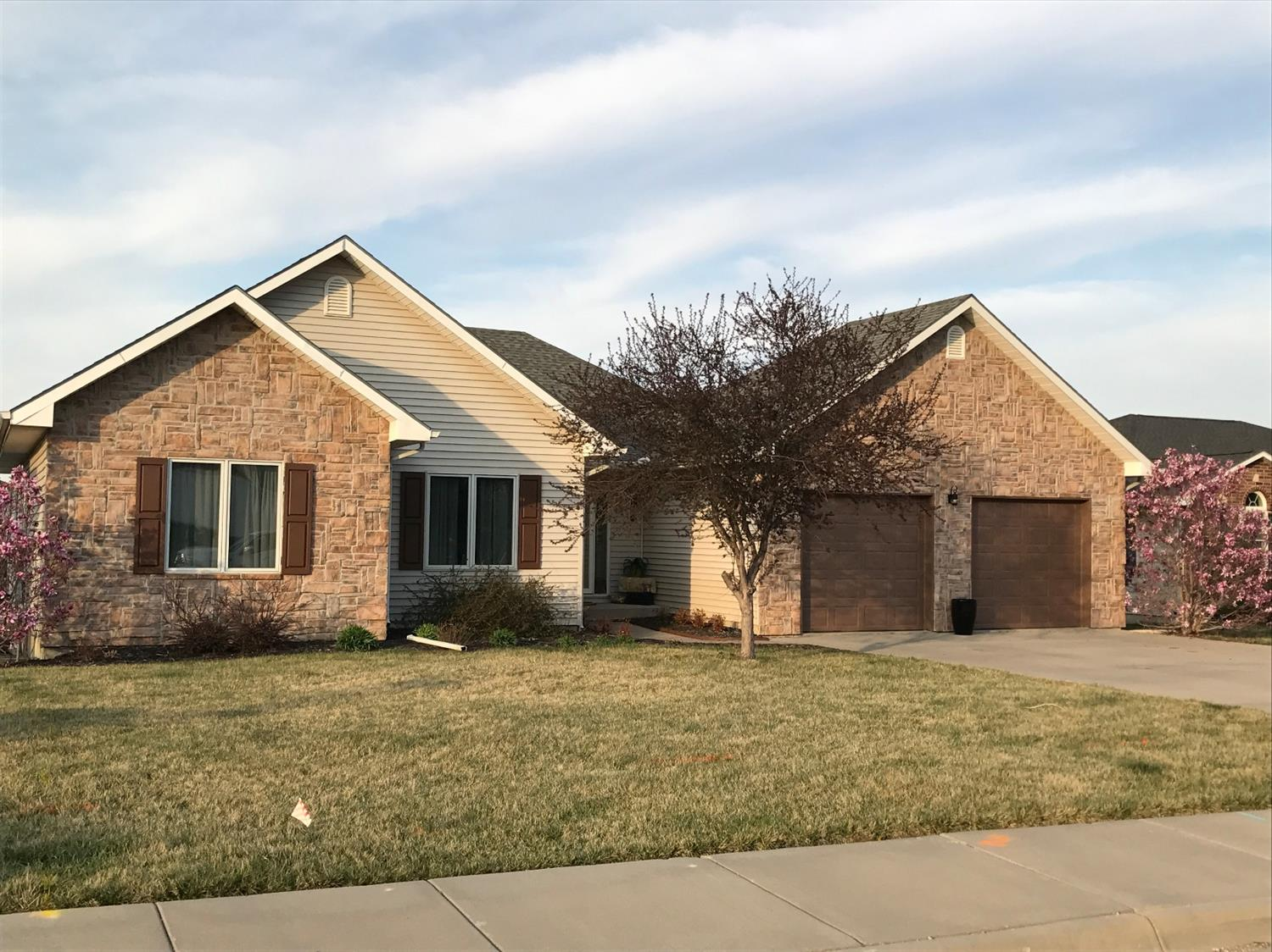 2504 Twin Lakes Drive, Emporia, KS 66801