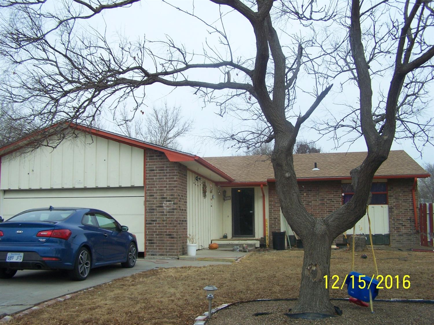 1101 E Mary, Garden City, KS 67846