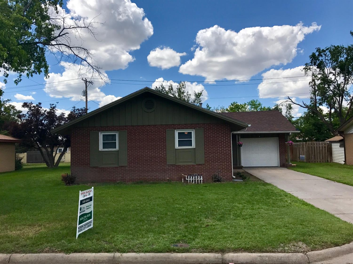 1211 N Belmont Place, Garden City, KS 67846