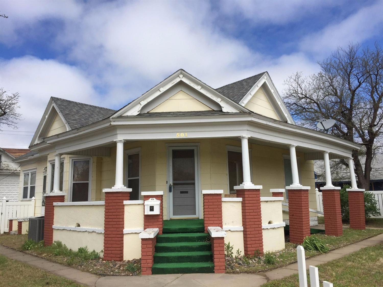 501 N 10th Street, Garden City, KS 67846