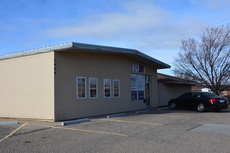 1402 E Fulton Street, Garden City, KS 67846