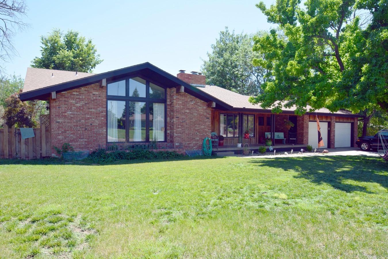624 Wheatridge Road, Garden City, KS 67846