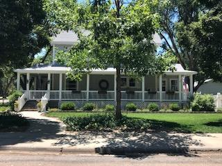 1122 Gillespie Place, Garden City, KS 67846