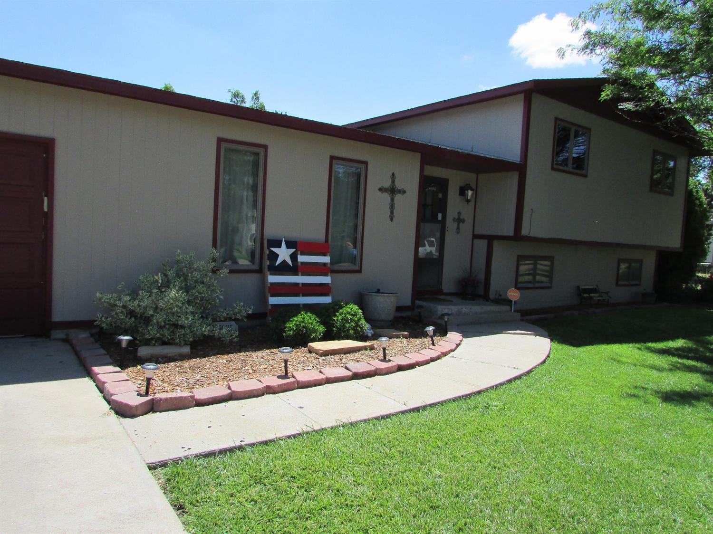 2314 N Tonio Avenue, Garden City, KS 67846