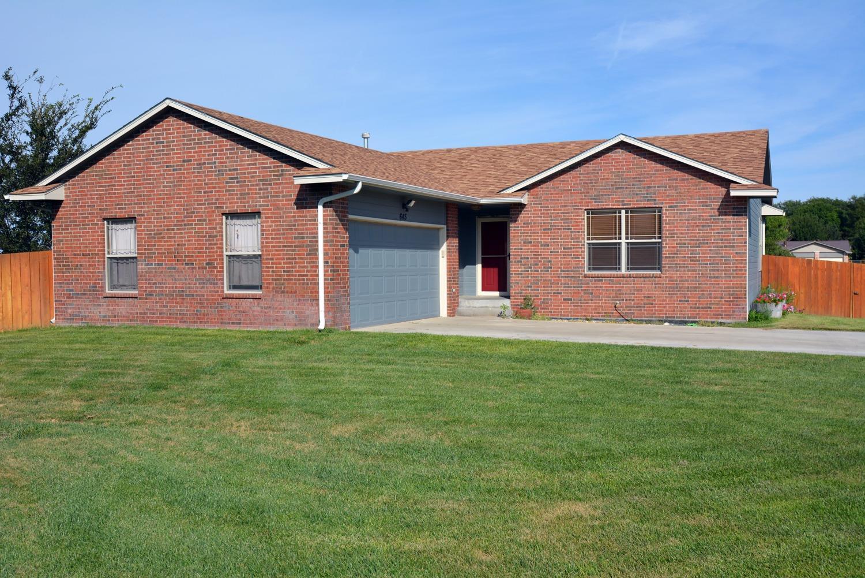 645 S Towns Blvd, Garden City, KS 67846