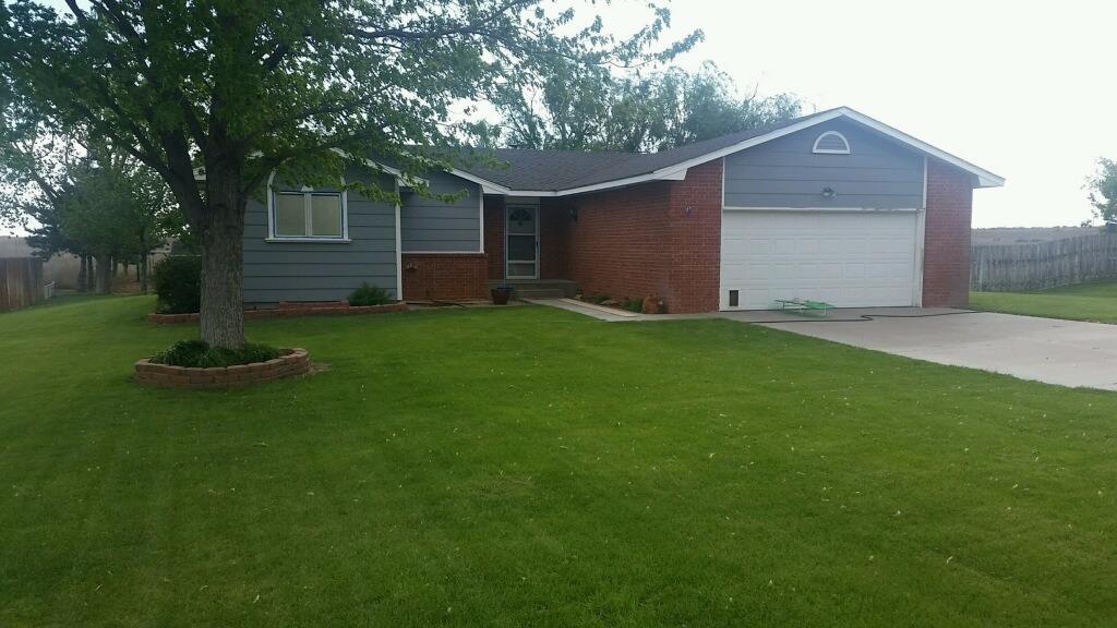 2195 Andover Drive, Garden City, KS 67846