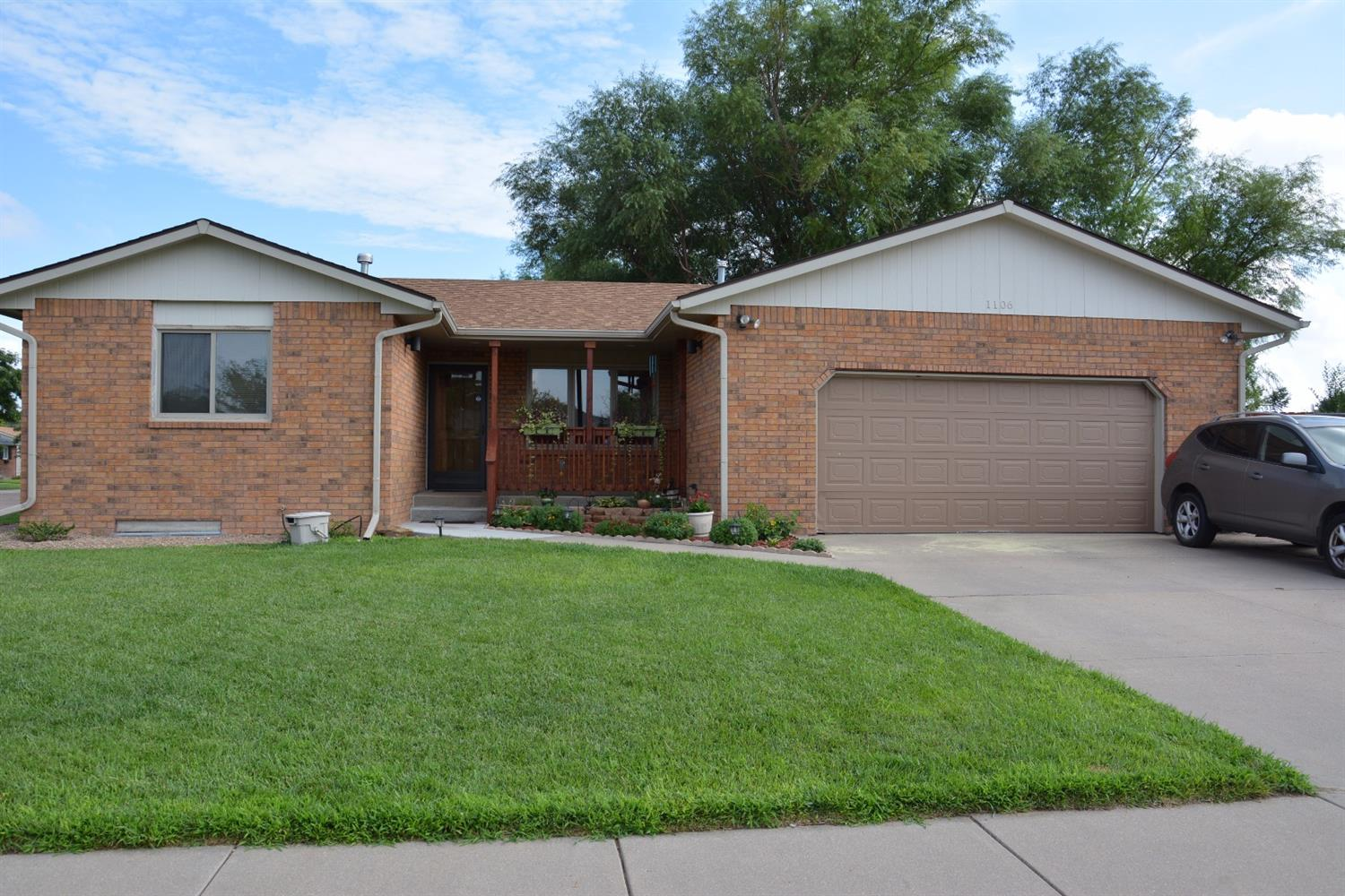 1106 Long Boulevard, Garden City, KS 67846