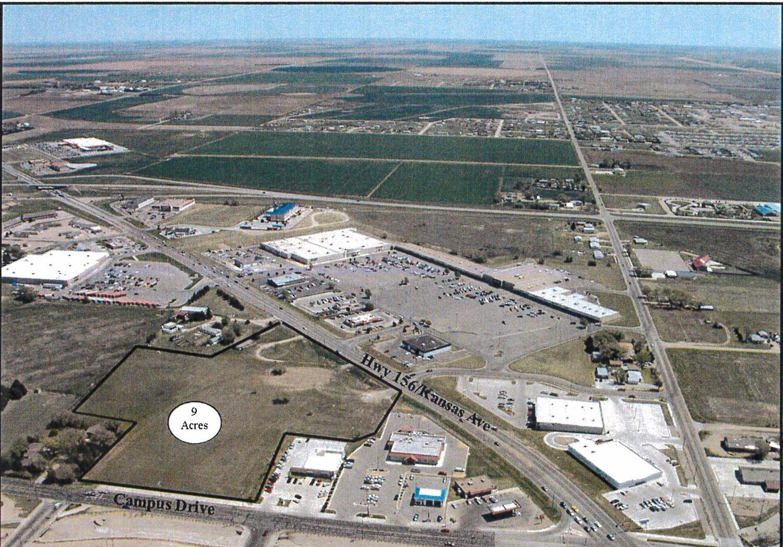 2107 E Kansas, Garden City, KS 67846