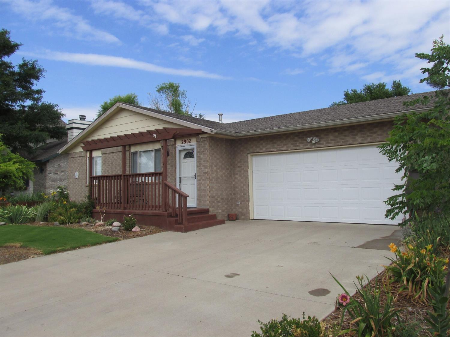 2902 Terrace Place, Garden City, KS 67846