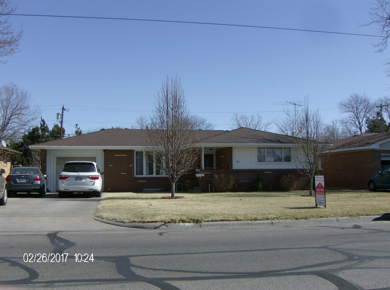 1710 N 3rd Street, Garden City, KS 67846