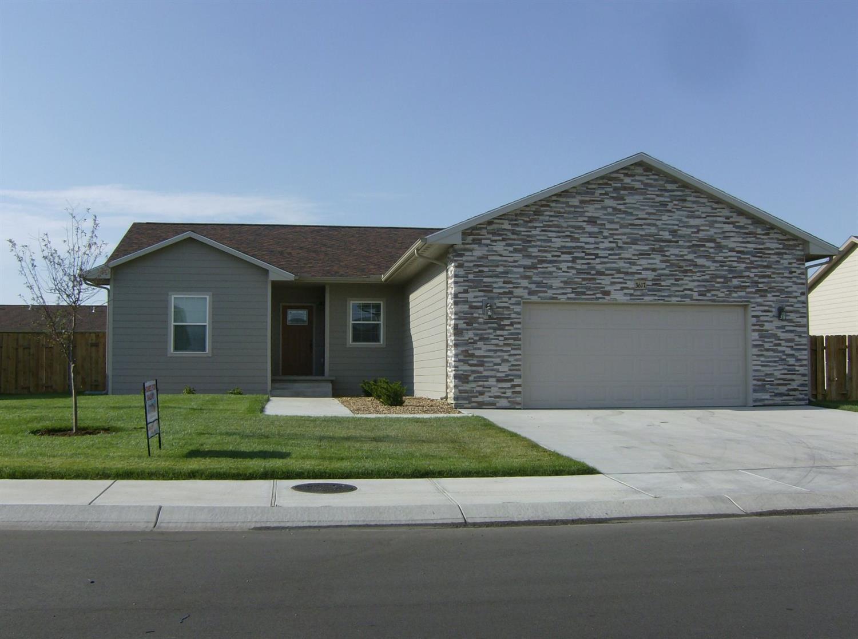 3617 Cole Circle, Garden City, KS 67846