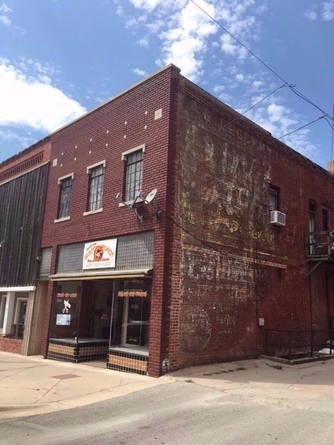 110 E Main Street, Independence, KS 67301